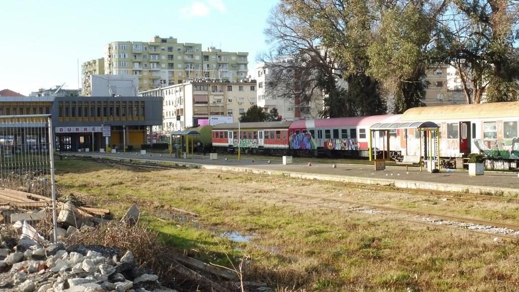 http://bode-elektronik.de/Fotos/Albanien/Durres_04.JPG