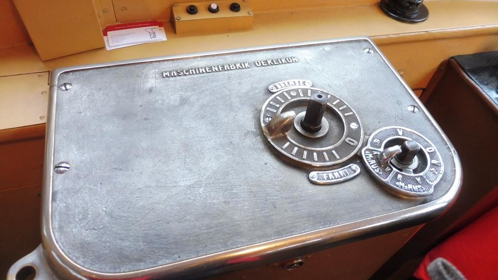 http://bode-elektronik.de/Fotos/IVB_Christkindlbahn/Christkindl_05.JPG
